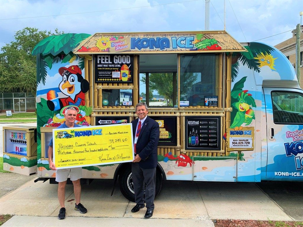 Superintendent Rick Surrency with Kona Ice